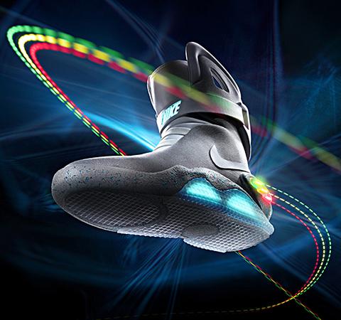 1500足限定の未来スニーカーNIKE MAG